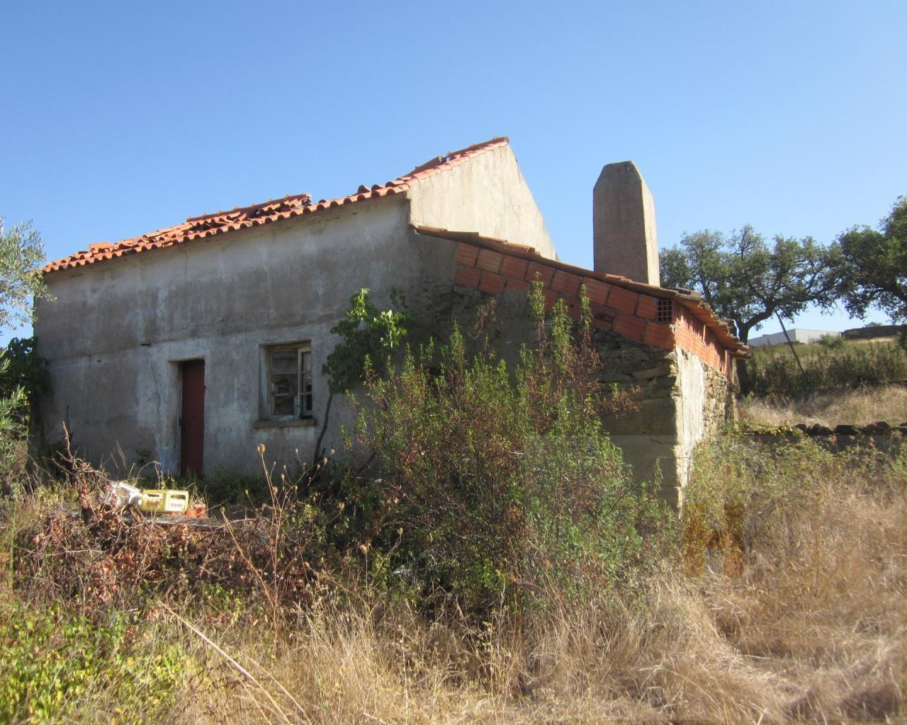 Petite ferme 3 Chambre(s), Castelo Branco, Castelo Branco