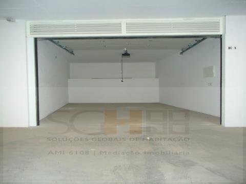 Garagem no centro
