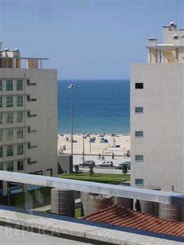 Apartamento T3 com terraço e vistas mar, Matosinhos Sul