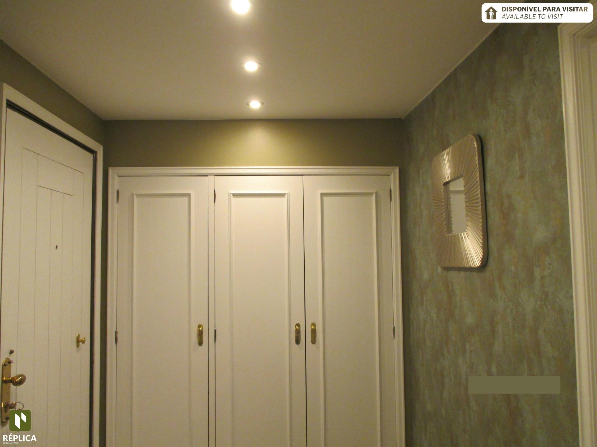 Appartement 1 + 1 chambre à Covelo, Paranhos