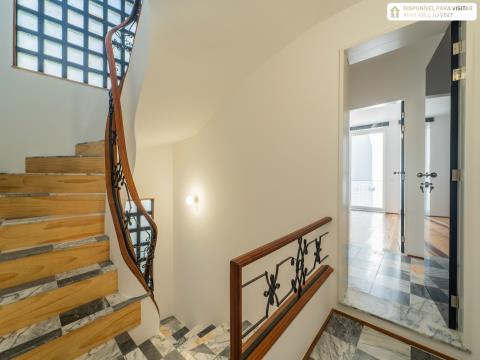 Apartamento T1 Novo junto ao Marquês