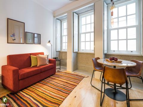 Apartamento T0 na Baixa da cidade do Porto