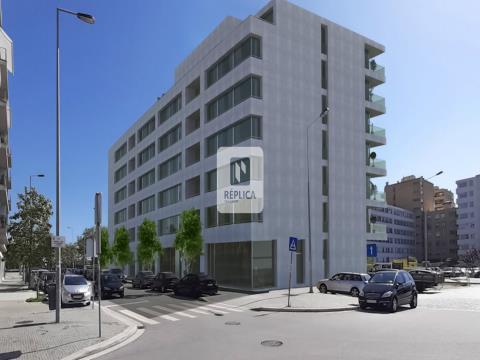 Apartamento T2 Novo no Edifício Nautilus III