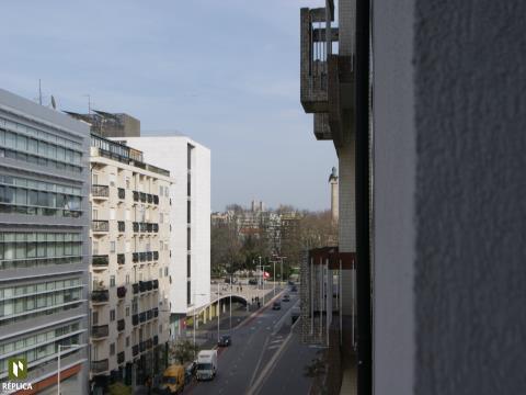Apartamento T1 na Av. da Boavista