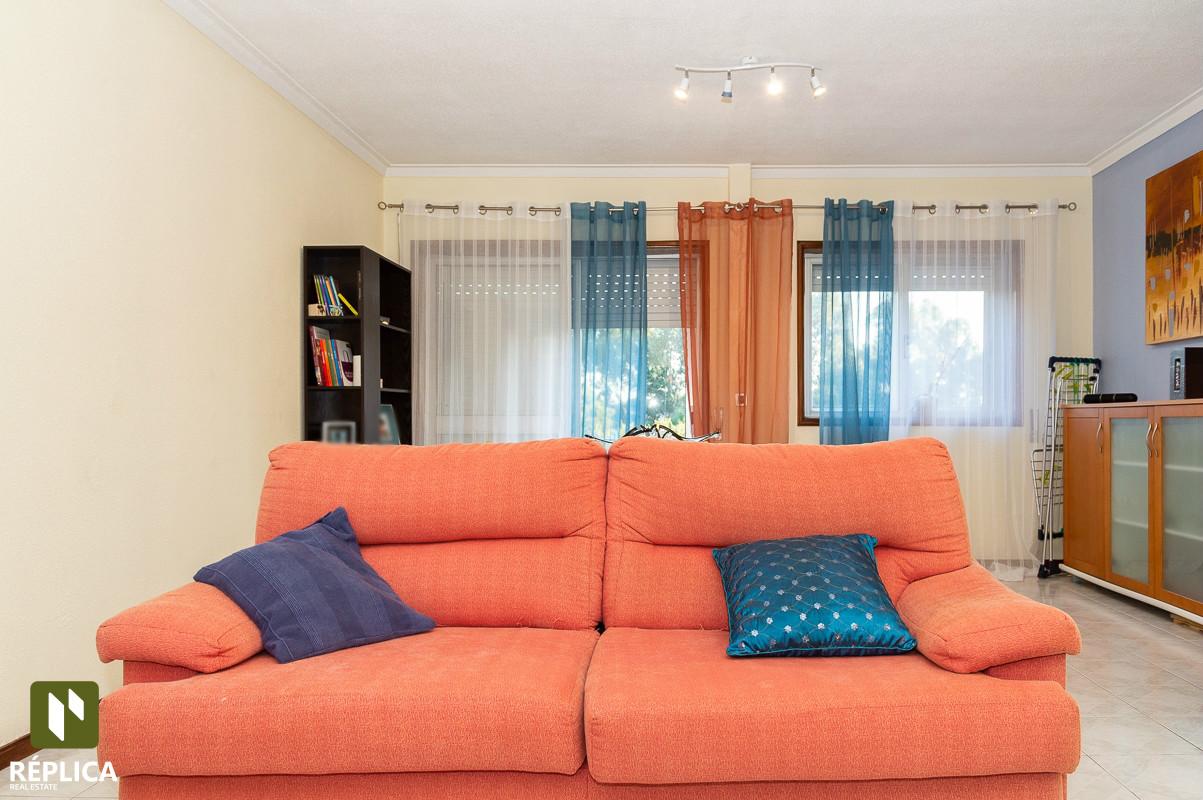 Zweifamilienhaus 3 Schlafzimmer DÚPLEX