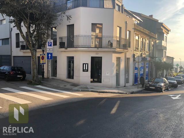 Loja Foz do Douro para arrendamento