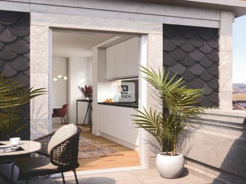Apartamento T2 novo de luxo, no centro Histórico do Porto - à Avenida dos Aliados
