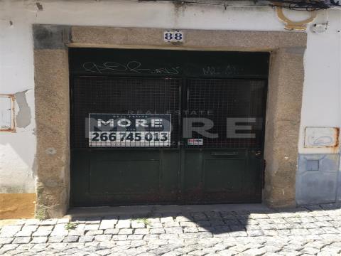 Loja no Centro da cidade de Évora, Évora, Évora