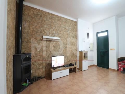 Moradia T3 com quintal - Borba, Évora, Borba