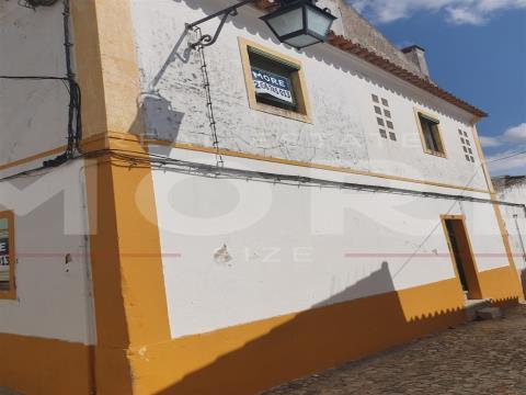 Prédio no Centro Histórico da cidade de Évora