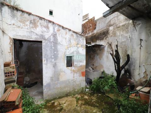 Moradia Térrea T1 - Évora/Centro Histórico