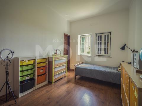 Landbesitz 3+ 3/2 Schlafzimmer