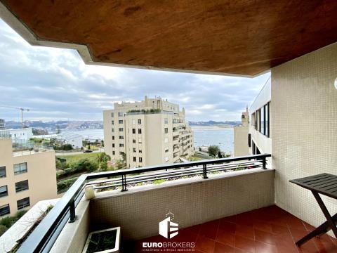 Apartamento T3 Remodelado na Foz do Douro