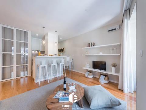 Apartamento como novo na Rua do Almada, Baixa