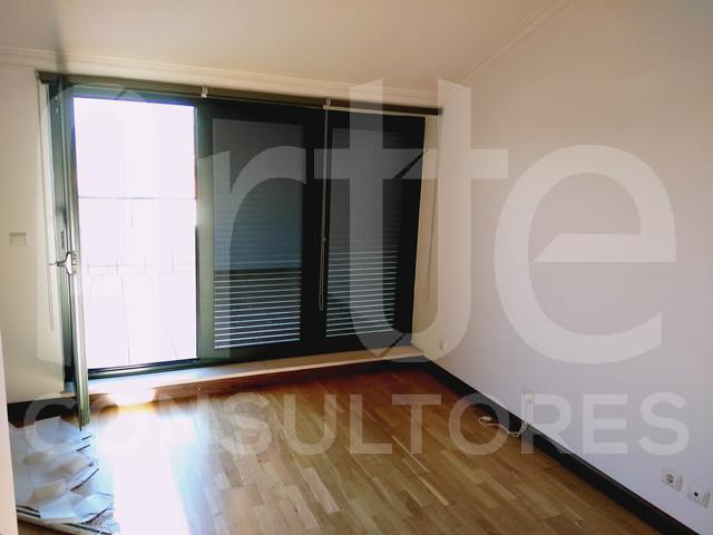 Apartamento T4+1