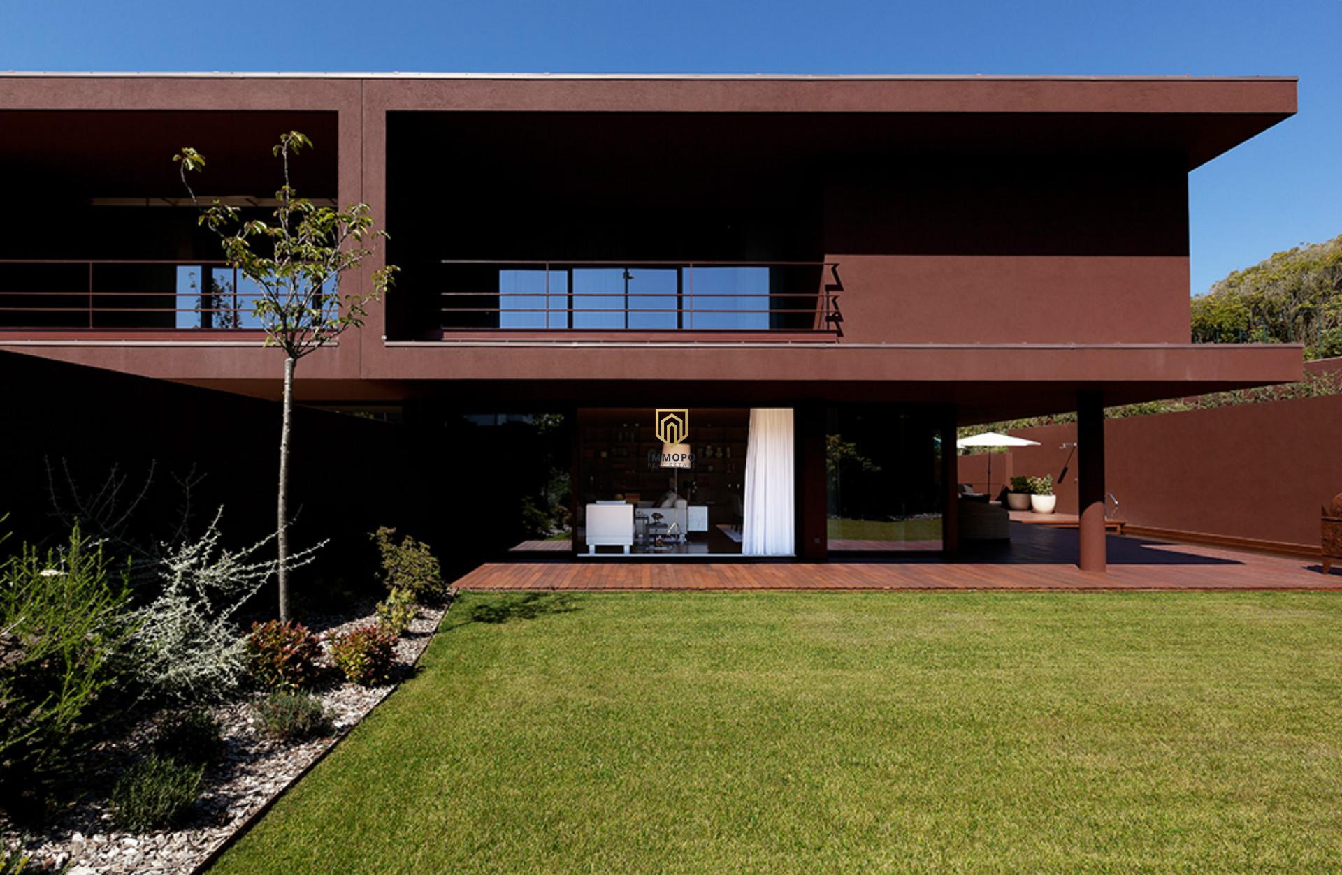 Moradia de Luxo em um dos Melhores e mais Exclusivos Condomínios da Cidade do Porto