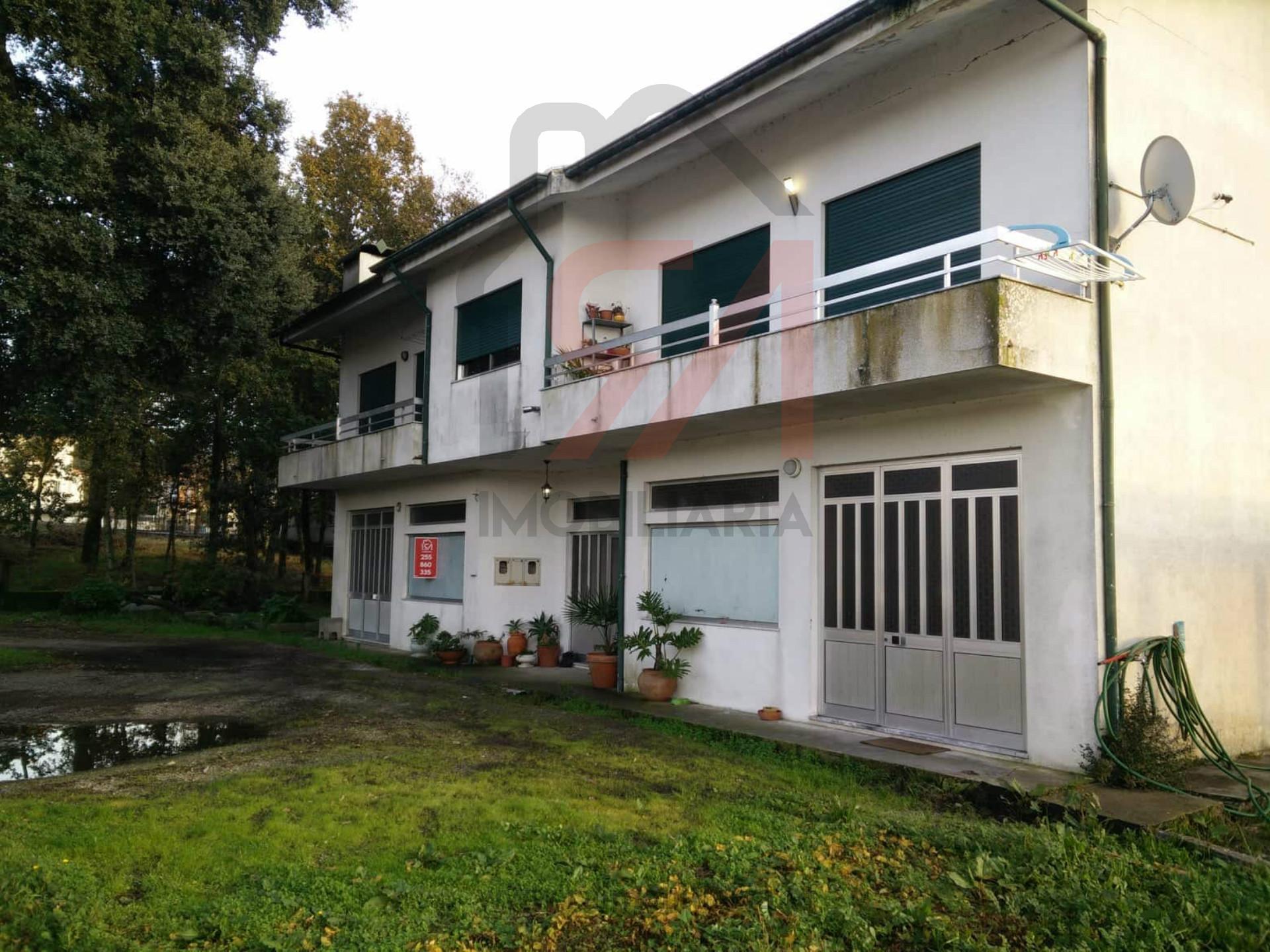 Immeuble 4 Chambre(s)