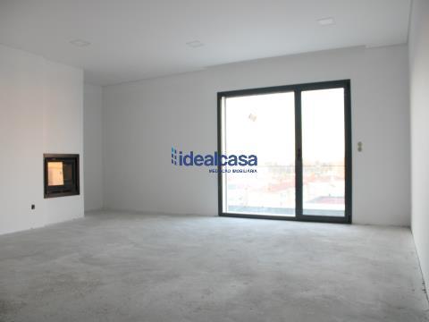 Apartamento T3 novo em Condeixa