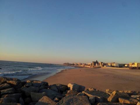 Moradia T4+1 a 100m da Praia