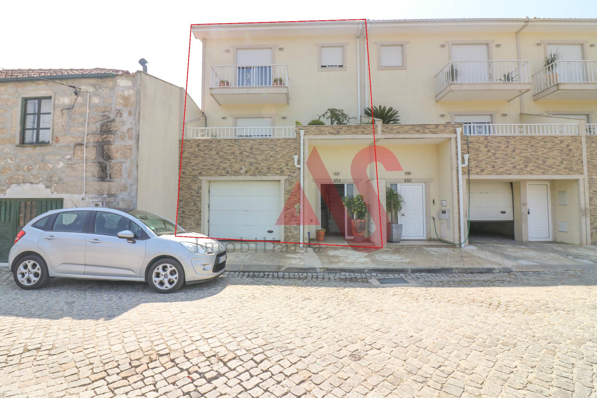 Moradia T3 em Vilarinho - Santo Tirso