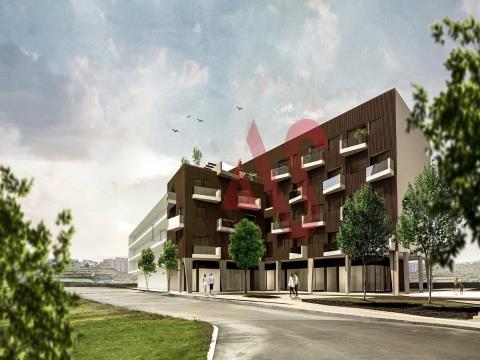 """Appartamento T3 Duplex nell´edificio """"Linha da Cidade"""" a Margaride - Felgueiras"""