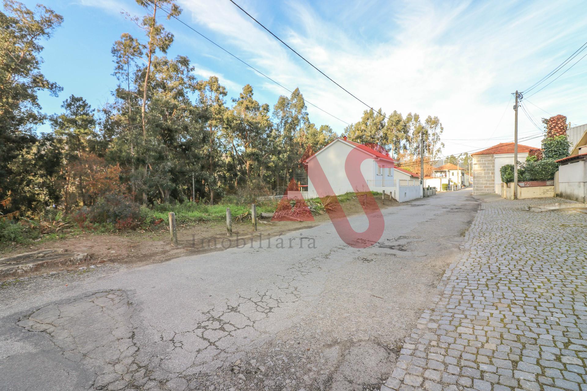 Земля под застройку с 3600 м2 в Сан-Пайо, Визела