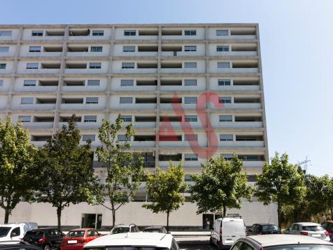 Apartamento T2 no 9.º andar em Ponte, Guimarães