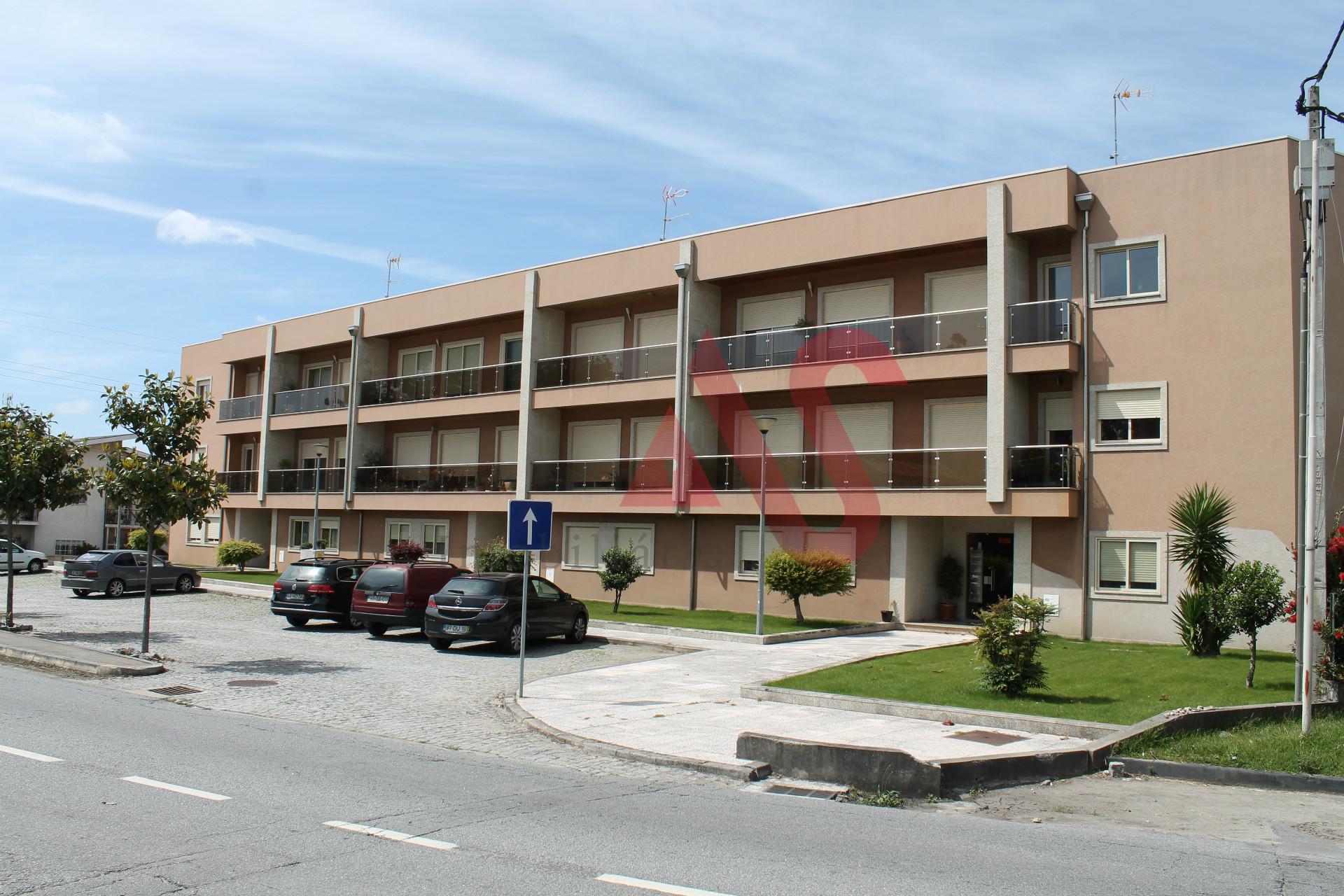 Apartamento T3 em Landim, Vila Nova de Famalicão