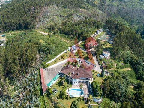 Granja T8 de Monte Gaio en Santo Adrião, Vizela