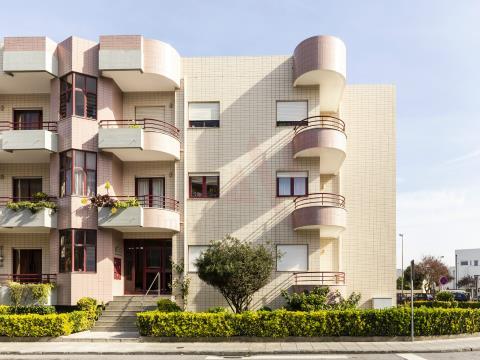 Apartamento T6 em Montgeron - Póvoa de Varzim