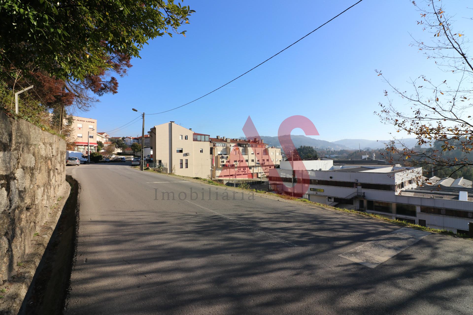 Terreno para construção - Braga, Vizela, Santo Adrião