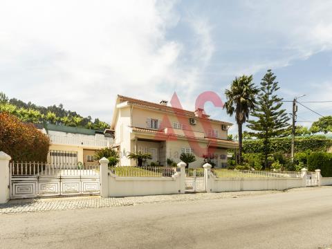 Casa de 4 habitaciones en Torrados Felgueiras