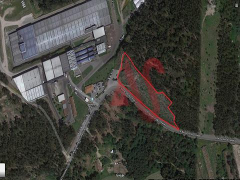 Land with 8858 m2 in Lordelo, Guimarães