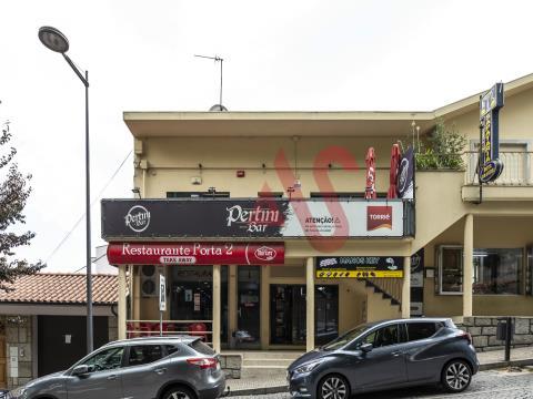 Café / Bar für guten Willen in São Miguel, Vizela