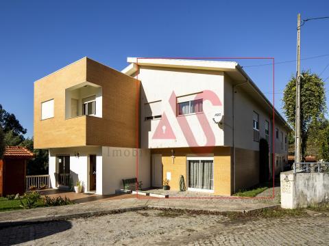 Moradia T3 em Banda em Santa Eulália, Vizela