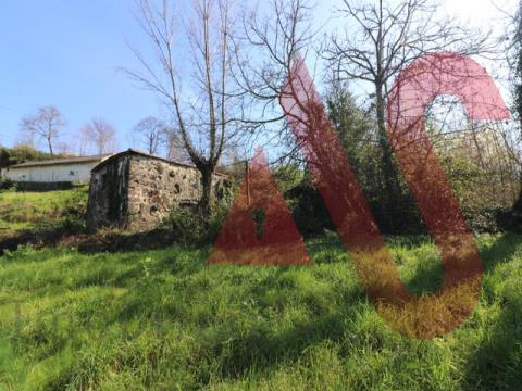 Moradia para restauro em S. Jorge, Felgueiras
