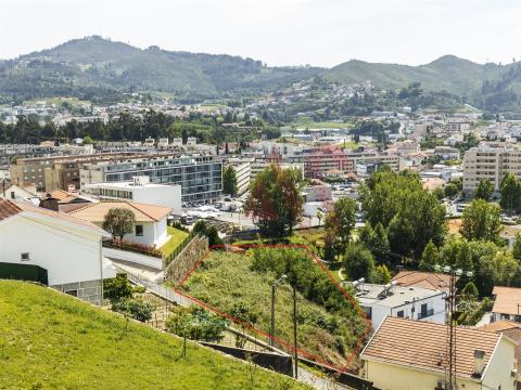 Terreno para construção com 1000 m2 em São Miguel, Vizela