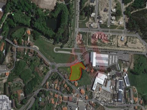 Terreno para construçãocom 5.600 m2em São Miguel, Vizela