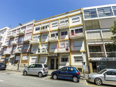 Appartamento 2 +1 nel centro di Guimarães