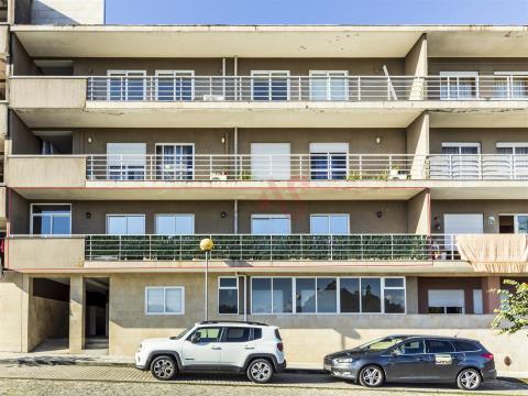 Apartamento T2 em Ponte, Guimarães