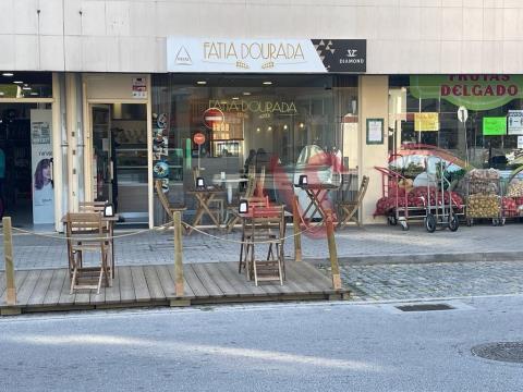 Pastelaria para trespasse em Caldelas, Guimarães