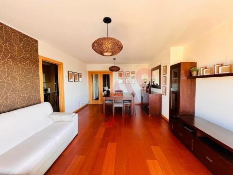 Apartamento T2 para Arrendamento em Mafamude, Vila Nova de Gaia