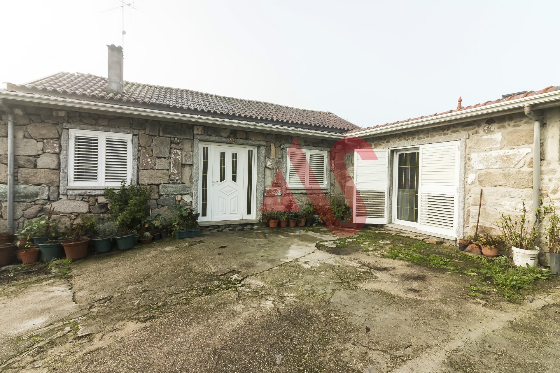 Alquiler de habitaciones / Piso Compartido - Porto, Felgueiras, Airães
