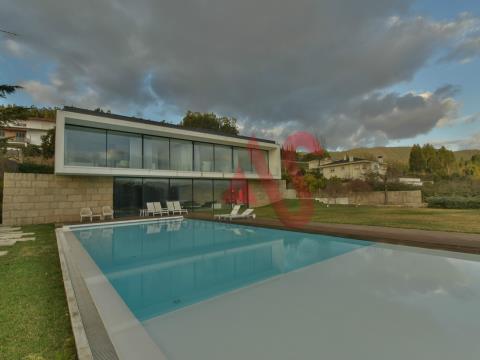 Casa de 4 habitaciones en Melres, Gondomar