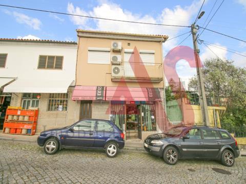 Loja, Guimarães, Oliveira, São Paio e São Sebastião