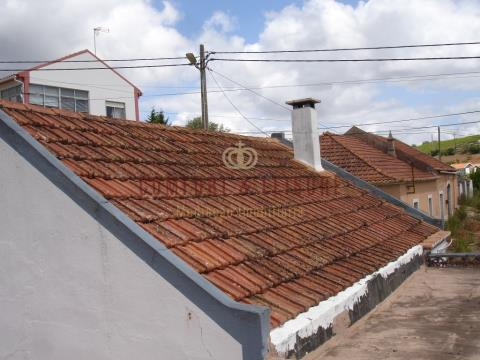 V2 à restaurer à Carreiras