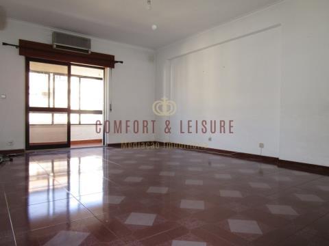 Apartamento T3 no Infantado / Loures (Fase II)