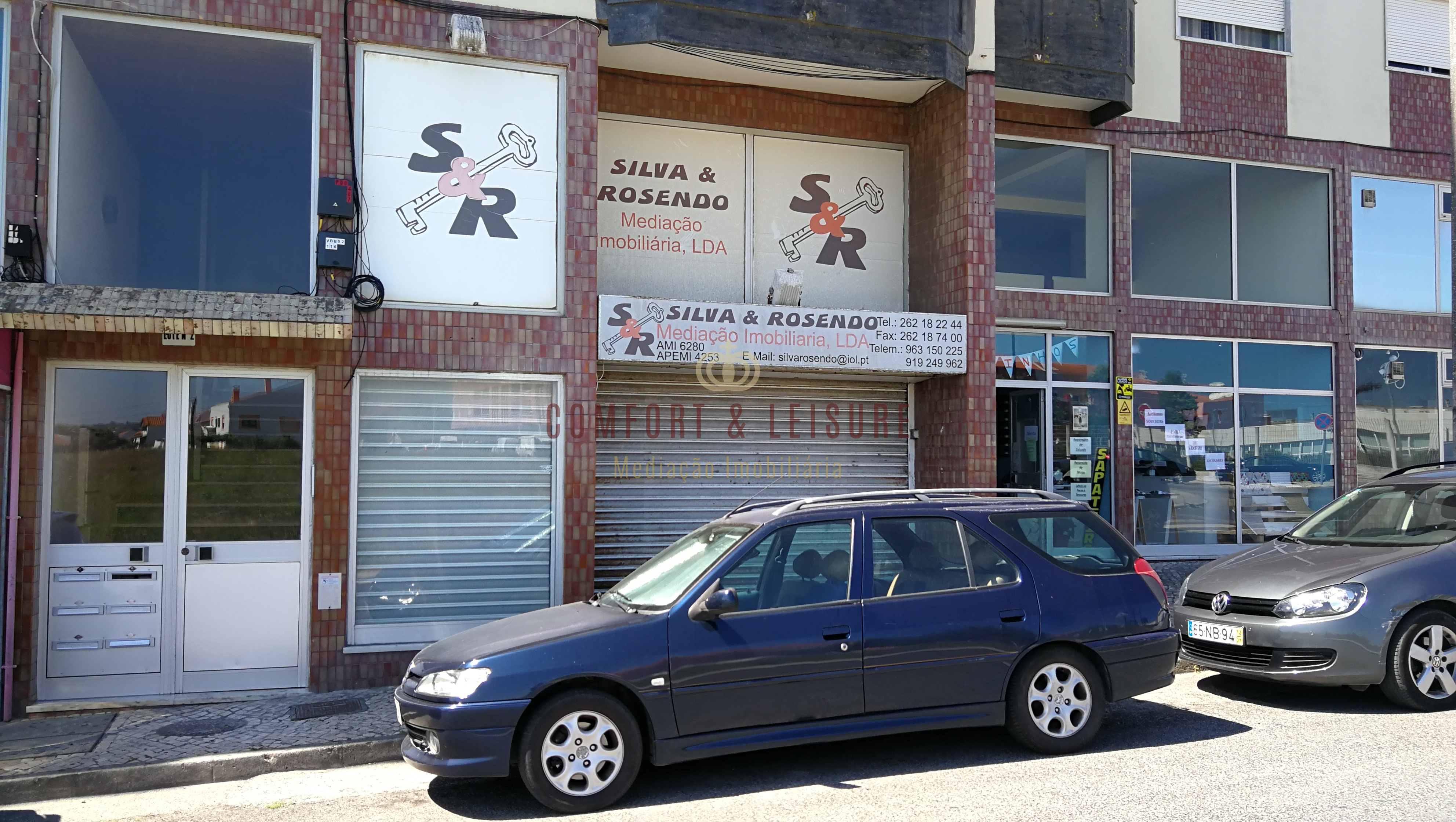 Commercial space with 100 sqm in Bombarral