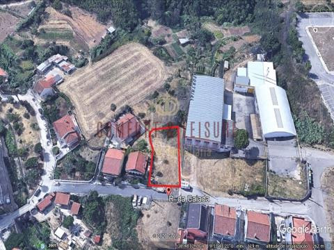 Urban land with 717 sqm in Ramada, Odivelas