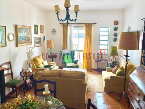 Apartamento T1 com 91 m² no centro do Cadaval